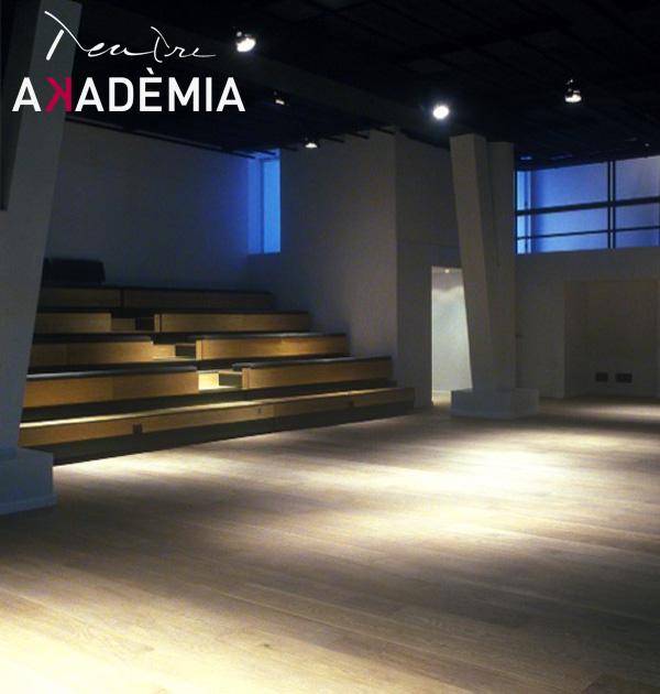 Teatre Akadèmia - U-Vals UVic